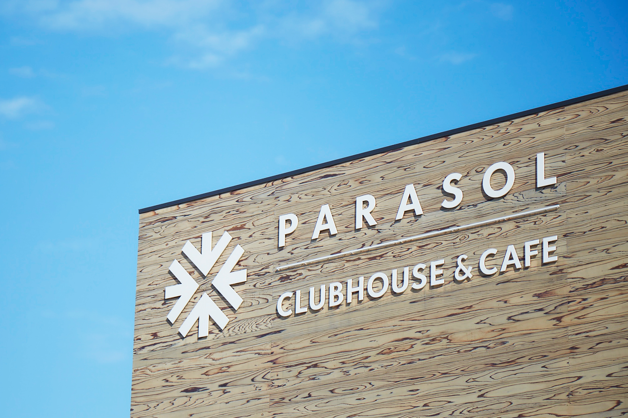 PARASOL CLUBHOUSE